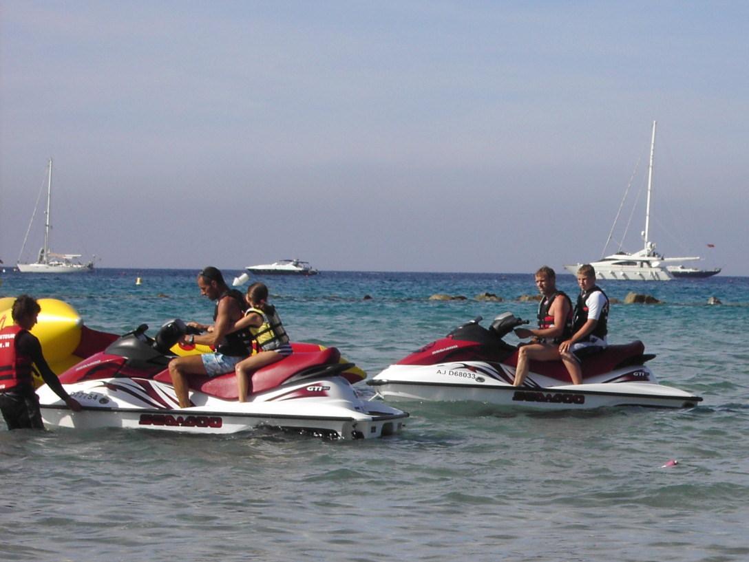 Freizeitaktivitäten in der Bucht von Calvi
